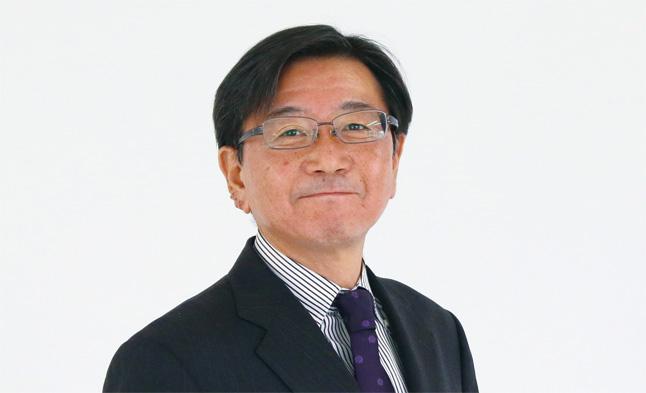 石川 初男
